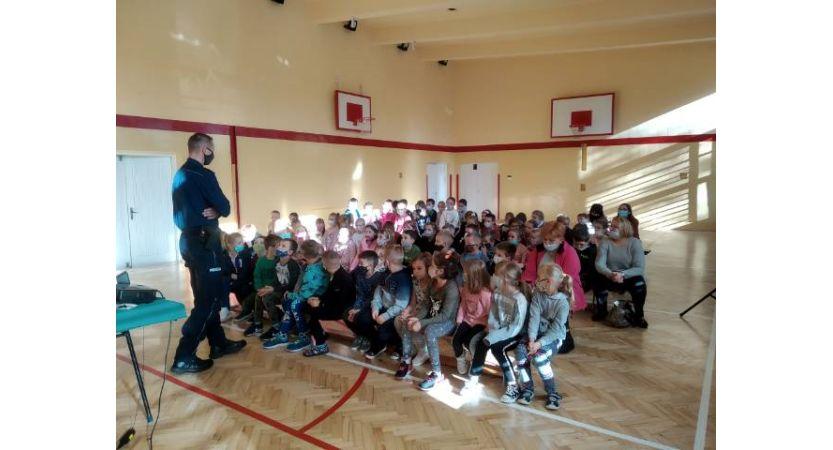 Read more about the article Spotkanie z policjantem dla klas 1-3